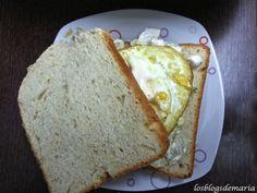 http://cocinayrecetas.hola.com/lacocinaperfecta/20130426/sandwiches-de-pollo-y-huevo/