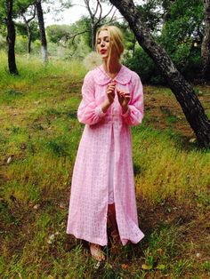 Nostalgia Dream Kimono/70's Pink Robe/Vintage Pink by LydiaLoveVtg