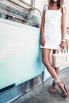 Vacation White :: 3 White Staples You Need this Summer | VivaLuxury