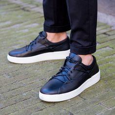 FRANZEL AMSTERDAM | NEW ARRIVALS | DERODELOPER.COM The Franzel Amsterdam cross lace sneakers from the new spring / summer 2016 collection. Available Online & In Store FOR MORE SHOP ONLINE: WWW.DERODELOPER.COM/FRANZEL