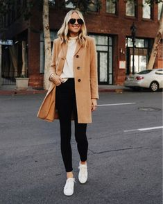 Fashion Jackson Wearing Ann Taylor Camel Coat White Sweater Black Skinny Jeans White Sneakers 1 Source by fashion_jackson Fall Fashion 2020 Black Leggins, Black Skinnies, Black Jeans, Winter Fashion Outfits, Look Fashion, Autumn Winter Fashion, Fashion 2020, Fashion Coat, Fashion Spring
