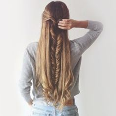 Searching hairstyles for long thick hair? Here is our pick of 8 easy hairstyles for long thick hair. Check them out. Pretty Hairstyles, Braided Hairstyles, Unique Hairstyles, Hairstyle Ideas, French Hairstyles, Heatless Hairstyles, Medium Hairstyles, Braided Updo, Hairstyles Haircuts