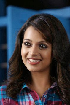 Actress Bhavana wallpapers Wallpapers) – Wallpapers For Desktop Beautiful Bollywood Actress, Most Beautiful Indian Actress, Beautiful Actresses, Beauty Full Girl, Beauty Women, Bhavana Actress, Indian Beauty Saree, South Indian Actress, India Beauty
