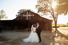 Soda Rock Wedding Photography || Charlie and Laurel