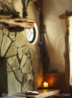 Gary Zuker built his cob home in Austin, Texas, USA