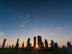 Kamenný kruh Callanish Stones ve Skotsku Seattle Skyline, New York Skyline, Mont Saint Michel, Monet, Travel, Viajes, Trips, Traveling, Tourism