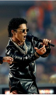 Bruno Mars Super Bowl 2016