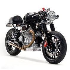 Moto Guzzi V11 Cafe Racer Very clean Guzzi, I dig it More