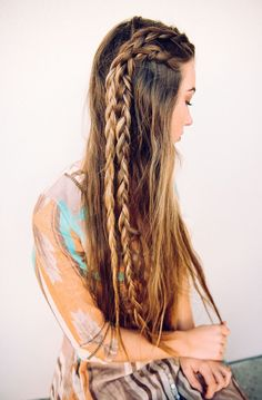 Super cute braids. Try to wear them with a boho dress. Just perfect! ❤