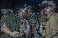Force Reconnaissance Marines Aboard USS Bonhomme Richard x Marsoc Marines, Us Marines, Special Ops, Special Forces, Military Guns, Military History, Marine Corps Humor, Navy Air Force, Turkish Army