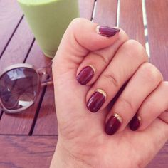 This is freaking genius! Sydne Style - How to make a gel manicure last more than two weeks DIY nail art inverted French manicure LOVELY IDEA! Nail Art Designs, Simple Makeup Tips, Moon Nails, Super Nails, Nail Art Diy, Blue Nails, How To Do Nails, Pretty Nails, Hair And Nails