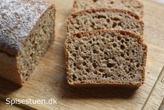 grovbrød-af-ølandshvede-8 Bread Bun, Rye Bread, Bread Recipes, Cooking Recipes, Cakes And More, Banana Bread, Bacon, Brunch, Food And Drink