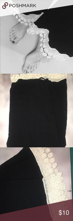 Boho style pants.only worn once. Size:M (Medium ) black boho style pants. Bought at a boutique was way to big for me :( Umgee Pants Wide Leg
