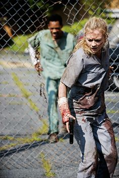 The Walking Dead 5x04 Slabtown Beth Greene and Noah