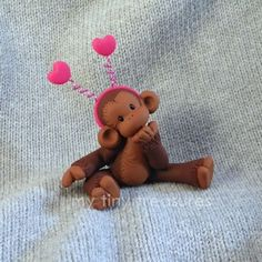 Monkey Polymer Clay Ornaments, Polymer Clay Figures, Cute Polymer Clay, Polymer Clay Animals, Polymer Clay Dolls, Polymer Clay Miniatures, Monkey Girl, Diy Accessoires, Play Clay