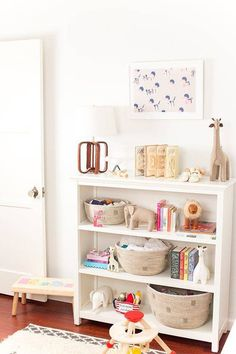 How To Design Bookshelves In A Kids Room | Domino