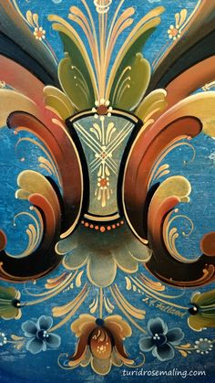 Detail of a plate painted in Rogalandstyle by Turid helle Fatland, Norway