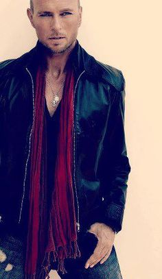 Luke Goss and his usual coolness :-)