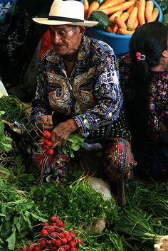 Chichicastenango Central market, Guatemala - FOOD MARKET - MERCADO DE ALIMENTOS - MARCHÉ ALIMENTAIRE