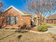 NEW LISTING! 4432 Stone Mountain, Burleson | $192,500 3 Bedroom, 2 Bath with 2nd Living and Study or 4th Bedroom! Kitchen has Breakfast Bar & is open to Large Family Room with Wood Burning Fireplace! Master Bath has large vanity with double sinks & sitting area, garden tub & separate shower! Back Yard has Open Back Patio! Call 817-988-8664 today for more information or to schedule a private showing! Shelley Green – The Green Team, Keller Williams Realty
