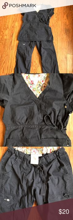 Koi Nurse set top and pants XS 100% cotton A gently used Nurse Uniform XS by Koi which is a brand that makes these uniforms out of natural 100% cotton. Both pants and top are XS Koi Other