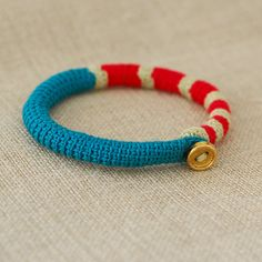 crocheted jewelry...would be easy to do with single crochet around cording