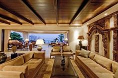 Set on Punta Mita,? This luxury villa offers a patio with a private pool, hot tub and ocean views.   See more photos at http://www.vrbo.com/284502