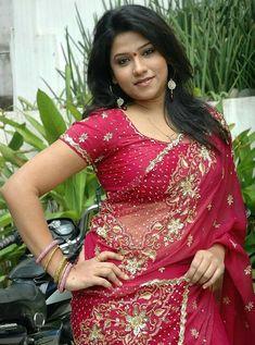 Cine Gallery: Actress Jyothi Latest Hot Saree Stills Beautiful Girl Image, Beautiful Curves, Beautiful Women, Indian Actress Hot Pics, Indian Actresses, Indian Beauty Saree, Indian Sarees, Kajol Saree, Desi Masala
