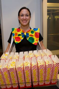 circus popcorn...Do you think Russell will do this for Rhease's circus party!?