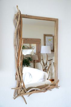 Driftwood mirror for the perfect of manunatura on Etsy - Spiegel ♡ Wohnklamotte - Driftwood Mirror, Diy Mirror, Home Crafts, Diy Home Decor, Room Decor, Driftwood Projects, Branch Decor, Diy Furniture, House Design