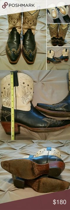 """Corral Cowboy Cowgirl Western Boots Womens Size 9.5 - Fit true to size - **(But if you are a size 8.5 - 9 could use a 'boot insert' to make them fit)**  Black with creamy light tan upper with studs, few of the studs have been replaced. Approximately 10"""" tall.  Gently worn, shows some wear..... Corral  Shoes"""