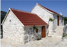 A Small Mediterranean Home,Croatia http://www.casademar.com