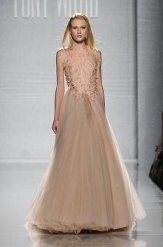 LO MEJOR DE LA ALTA COSTURA DE ROMA Gina Lollobrigida, Elie Saab, Jet Set, Karl Lagerfeld, Tony Ward, Prom Dresses, Formal Dresses, Couture, Style