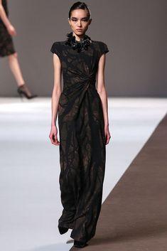Elie Saab Fall 2010 Ready-to-Wear Fashion Show - Fei Fei Sun (Elite)