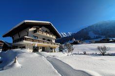 Gatterhof - Winterurlaub direkt in Riezlern buchen. #kleinwalsertal Austria Vorarlberg Snow, Outdoor, Winter Vacations, Places, Summer, Outdoors, Outdoor Games, Outdoor Living, Eyes