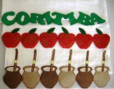 Pano de prato feito de algodão, bordado com a técnica de Patch Aplique.  Preço promocional para 7 panos de prato de frutas (pera, morango, laranja, melancia, maça, caju e limão), pague apenas R$170,00. R$ 28,00