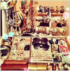 Building a Jewelry Wardrobe: A Woman's Guide to Seven Jewelry Must-Haves Jewellery Storage, Jewelry Organization, Jewelry Box, Jewlery, Jewelry Accessories, Jewelry Stand, Carli Bybel, Beauty Room, Girls Best Friend