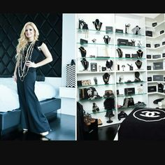 Celebrity closet - handbags and jewelry display