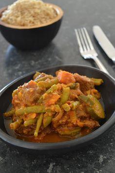 Indiase curry met rundvlees Ook lekker met kippendijvlees of varkensfilet. De bereidingstijd kan dan korter.