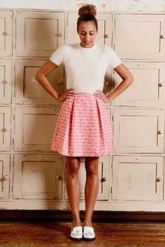 bde98a19fd790 Box pleat skirt pattern from The Great British Sewing Bee   patron ici    http