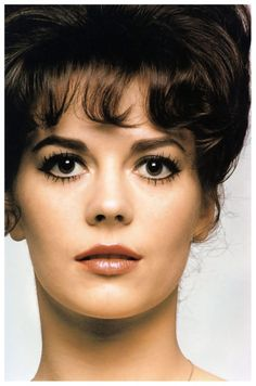 Natalie Wood  Show cover, 1962; .