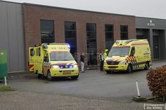 Pijnacker - Het Mobiel Medisch Team (MMT) werd donderdag middag ingezet op de Overgouwseweg in Pijnacker. Het betrof een medische noodsituatie in een Orchideeën kwekerij. Naast het MMT werden er oo...