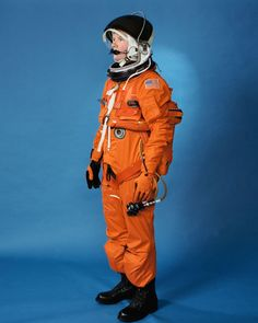 Evolution of US Spacesuits Over The Years - NASA Photographic History Of Space Suit - Thrillist