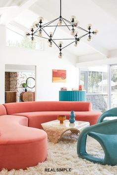 30 Easy and Chic Living Room Decorating Ideas for Any Sized Space | Don't be afraid to introduce dramatic bursts of color. Take a cue from Bells+Whistles design and pair statement furniture pieces with clean lines and white walls for balance. #realsimple #livingroomdecor #livingroomideas #details #homedecorinspo Chic Living Room, Cozy Living Rooms, Living Room Interior, Living Room Decor, Minimalist Interior, Whistles, Other Rooms, White Walls, Palm Springs