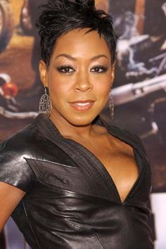 "Photo of Tichina Arnold - World Premiere on ""Wild Hogs"" - Picture Browse more than pictures of celebrity and movie on AceShowbiz. Big Black Woman, Black Women, Black Blogs, Tichina Arnold, Mc Lyte, Natural Hair Styles, Short Hair Styles, Crop Hair, Beautiful People"