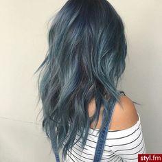 Fryzury Kolorowe włosy: Fryzury Długie Na co dzień Kręcone Rozpuszczone Kolorowe - Vv.O.sS - 3132667