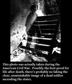 Authentic ghost pictures can be very scary. We have compiled a list of the top ten ghost pictures not proven fake. But are they real ghost photos? Real Ghost Pictures, Creepy Pictures, Ghost Pics, Horror Pictures, Spooky Places, Haunted Places, Haunted Houses, Creepy Stories, Ghost Stories