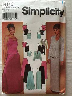 Items similar to Simplicity 7010 UNCUT New Misses Size 6 494766c68