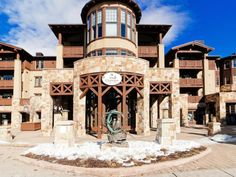 Life imitates art in this Utah Dream Home.   $1,595,000, 7815 N ROYAL ST, Park City UT 84060, WFR Listing #1069044 By Summit Sotheby's International