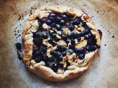blueberry & blonde chocolate crostata // glazed & confused